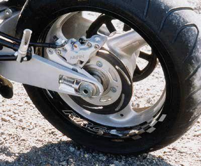 4 Kolben Bremssattel für alle Buell S1 - M2 und X1 Modelle inkl. Halterung