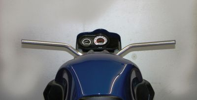 Aluminium superbike handle bar, 760 mm high, leans more to the driver