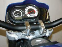 Aluminium Lenkerklemmböcke für Lenker mit 28,4 mm Klemmdurchmesser (unter anderem alle von uns angebotenen konischen Superbike Lenker) für alle Buell XB Modelle
