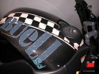 Carbon Airboxabdeckung RRC Style mit zusätzlichem Lufteinlass im Bereich des Tankdeckels (ähnlich der Originalabdeckung ab Modelljahr 06)